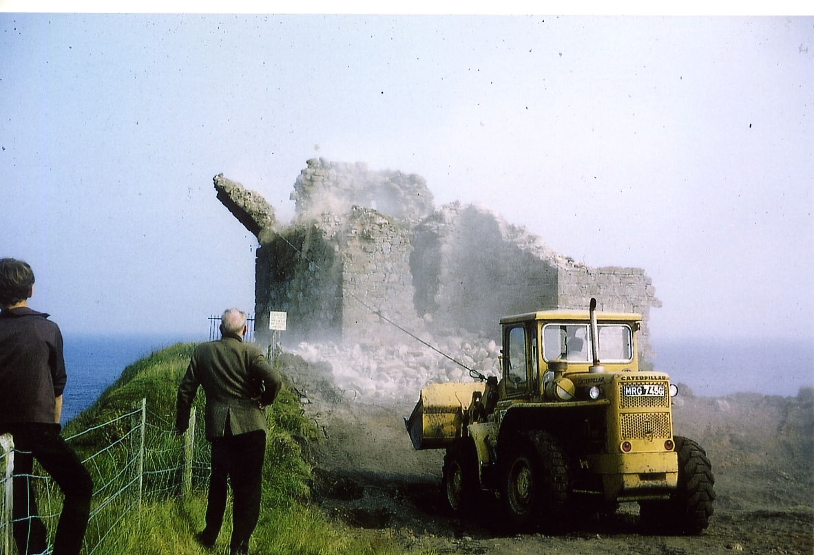Demolition of Helmsdale Castle, dated 1970.